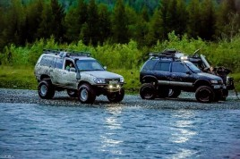 off-road cars Polar Urals